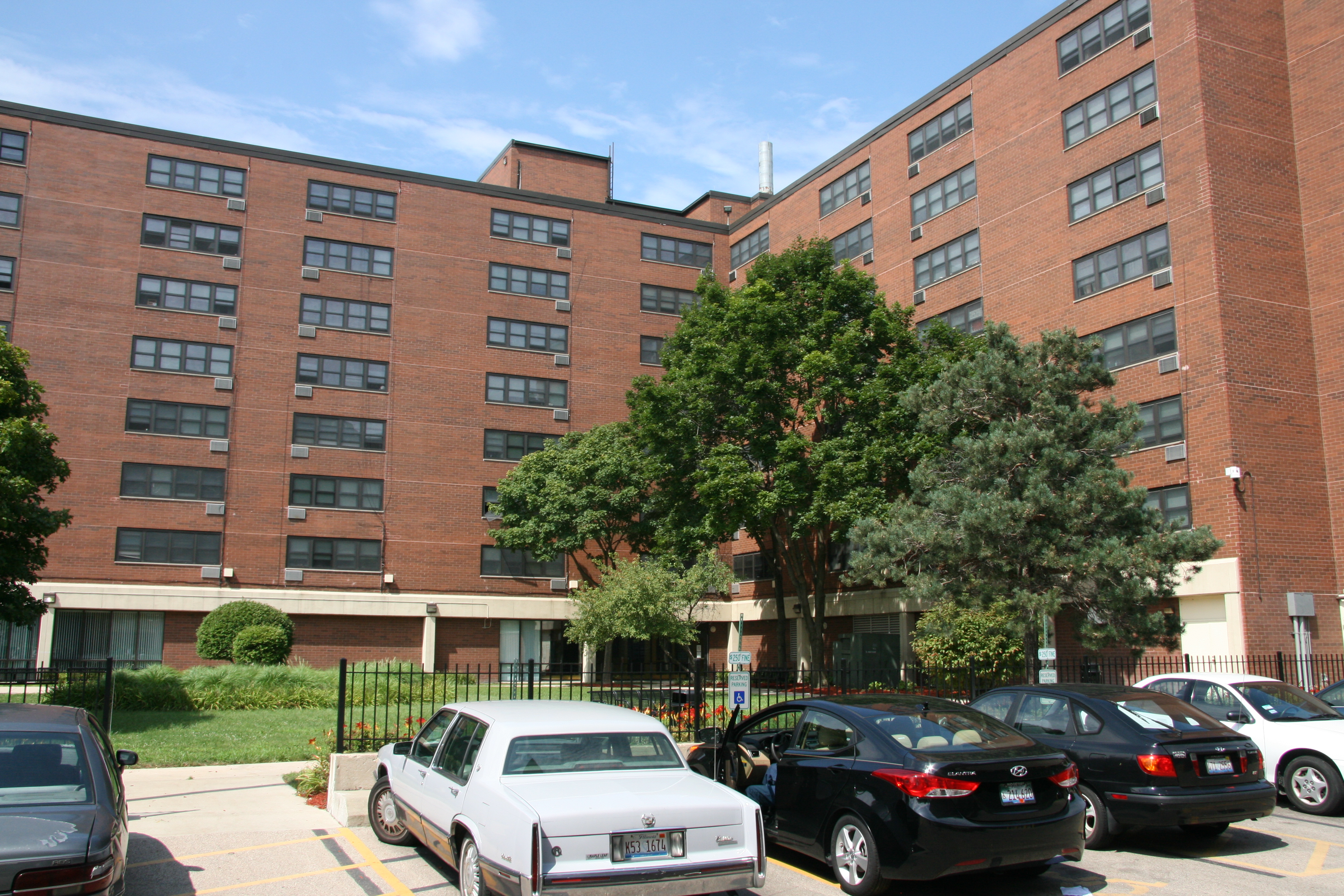 Lincoln Perry and Lincoln Perry Annex | The Chicago Housing