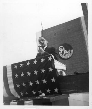 Taylor,_Robert_R,_Wells_dedication,_1941