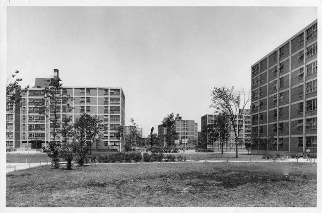 Wells_Extension,_exterior,_June_1957